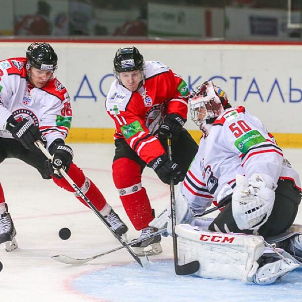 #hockey #hcdonbass #donetsk #ukraine #puck #ice #stick #kagarlitsky #хоккей #донецк #украина #новокузнецк #кагарлицкий #шайба...