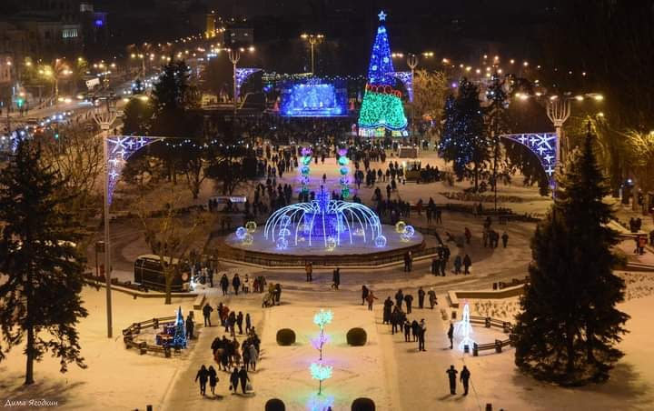 Новогодний #Донецк на #фото Дмитрия Ягодкина #fromdonetsk #Donetsk