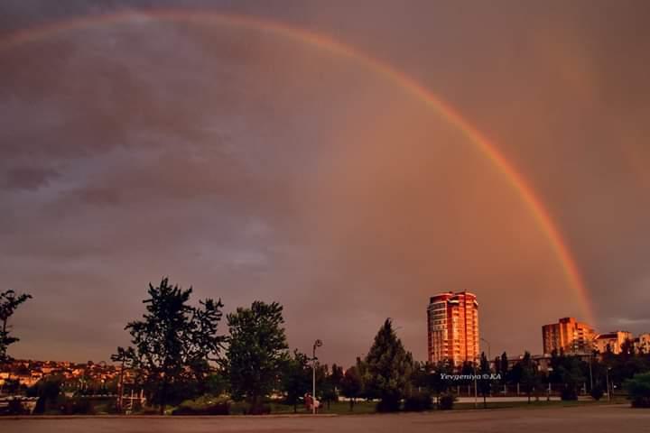 """""""Как здорово, что пошли сегодня гулять в парк в 7 часов вечера"""", - пишет автор фото Евгения, #Карпачева  """"Сначала я увидела н..."""