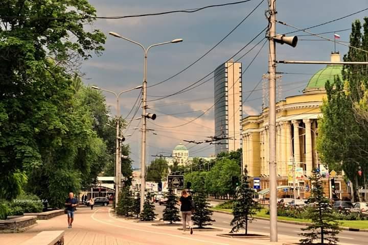 #Встречи сегодняшнего, жаркого дня и вечера, а синоптики пугали грозой и дождём,  лето, знаете ли - пишет автор #фото Евгения...