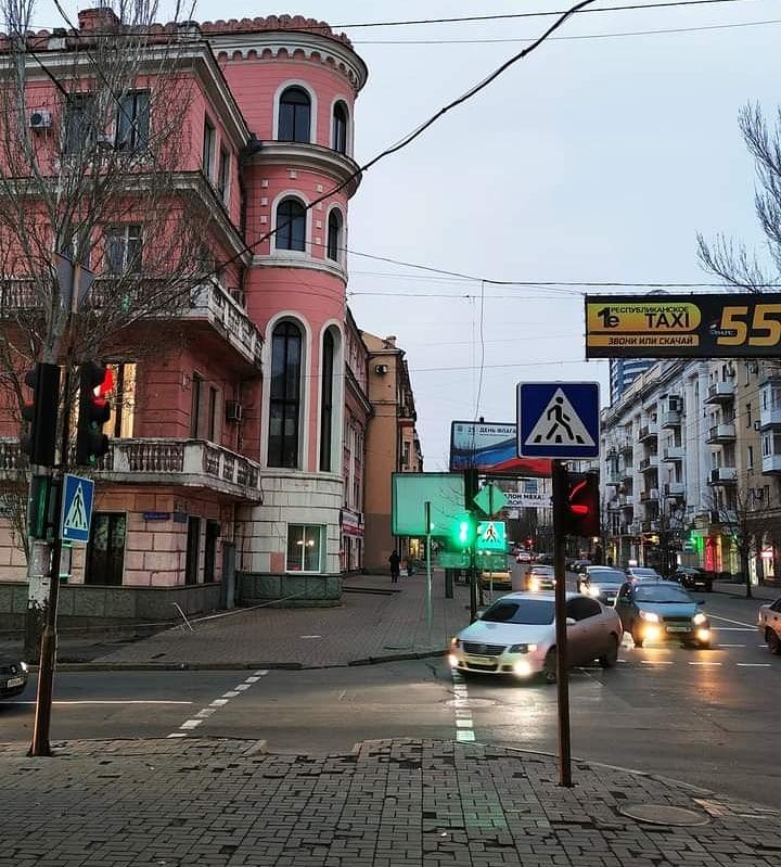 """""""И в Донецке появилась #зима"""", - так назвал это #фото его #автор Равиль #Акмаев #Донецк #fromdonetsk #Donetsk..."""
