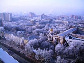 Фото - Романа Манекина (источник: http://fromdonetsk.net/images/donetsk-v-dekabre-2014.html)