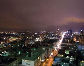 Original: http://fromdonetsk.net/sites/default/files/images/night_in_donetsk_first_line.jpg
