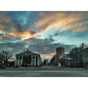 Донецк вчера вечером #типичныйдонецк #instadonetsk #fromdonetsk #sky #clouds #hdr #donetsk #донецк...