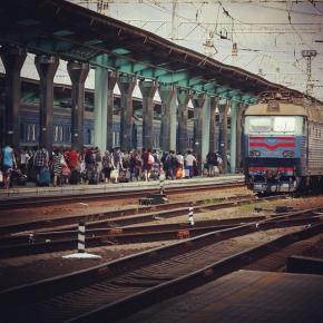 «Вести» выяснили, какие маршруты остаются безопасными для тех, кто решил покинуть неспокойный #Донецк. Подробности на нашем с...