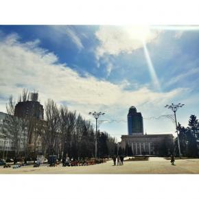 #donetsk #fromdonetsk #instadonetsk #типичныйдонецк #донецк #sky #clouds #citystreetphoto #street #citystreets #buildings #sq...