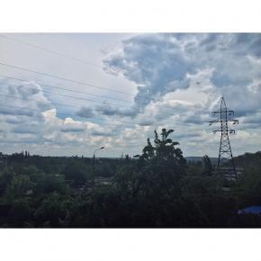 Кажется, дождь начинае.... А не, уже идет... #rain #clouds #city #instadonetsk #fromdonetsk #donetsk #типичныйдонецк...