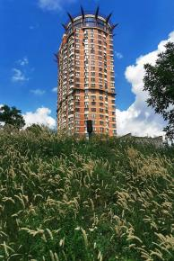 """Жилой комплекс """"Королевская башня"""" - самое высокое здание города #Донецк  Жилой 27-этажный дом высотой 110 метров (по другим ..."""