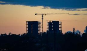 #Стройка и Оранжево-черный #закат на #фото Дмитрий #Ягодкин #fromdonetsk
